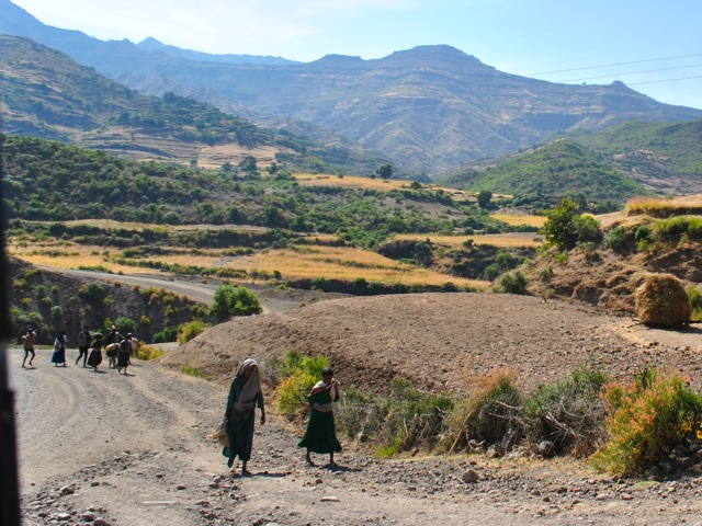 Road from Lalibela to Secota, Ethiopia